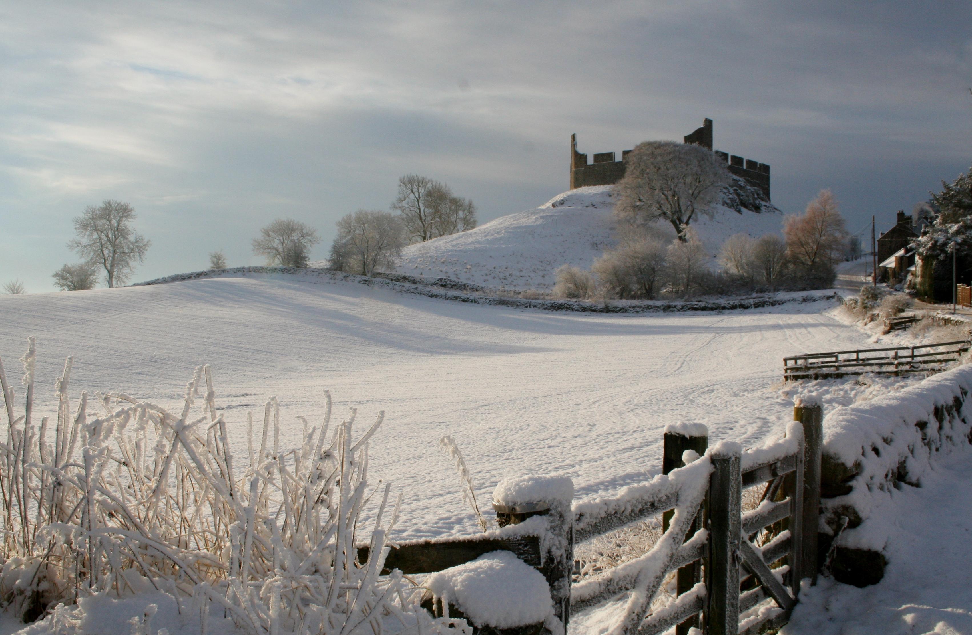 Hume Castle048JN