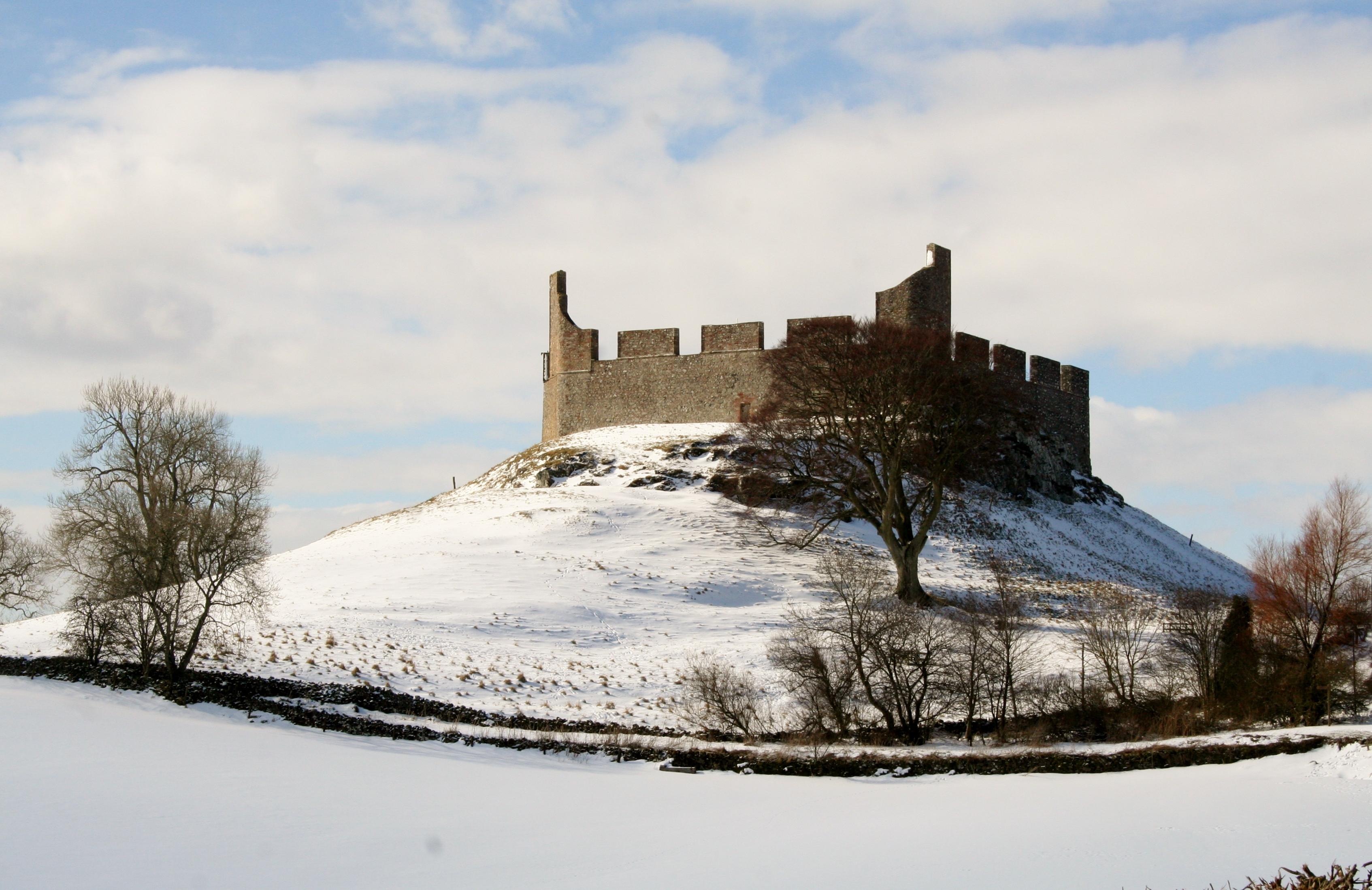Hume Castle191JN